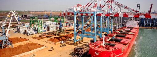 Крупнейшая инвестиция: лидер мировой индустрии выкупил акции у терминала порта под Одессой