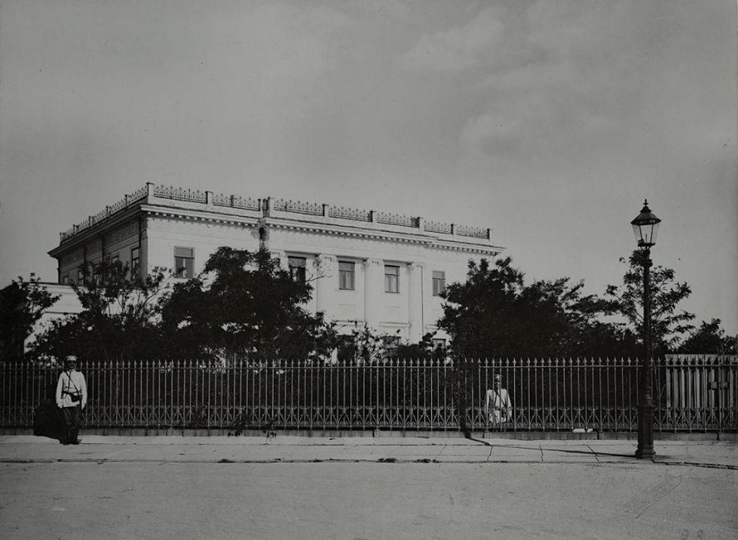 Первый этап (1825-1922). Фото выявлено авторским коллективом, занимающимся разработкой научно-проектной документацией по реставрации комплекса городской усадьбы в Воронцовых