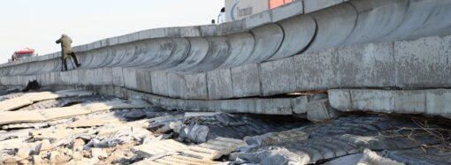 Повреждение Хаджибейской дамбы: Труханов опасается экологической катастрофы в Одессе