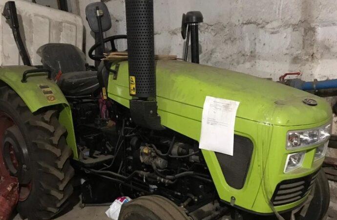 Аукціон тривав 2,5 години: конфіскований трактор Одеська митниця продала за 100 тис грн