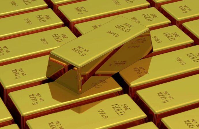 В Одесі затримали зловмисників, які вимагали за повернення неіснуючих боргів понад 10 000 доларів США та 1 кг золота