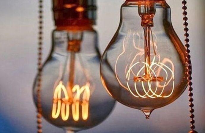 Отключение света в Одессе 25 февраля: кому надо успеть зарядить телефон