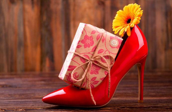Креативные подарки к 8 Марта, или Как оригинально поздравить женщин