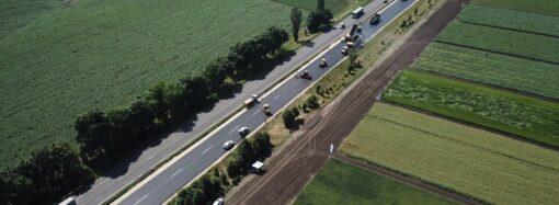 Кабмин выделил 673 млн гривен на дороги Одесской области: в первую очередь отремонтируют дорогу Каролино-Бугаз – Санжейка