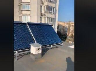 В одесской поликлинике будут нагревать воду с помощью солнечных батарей