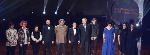 Стало відомо, кому вручили цьогорічну Шевченківську премію (відео)