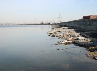 Хаджибейская дамба трещит по швам: Одессе грозит подтопление