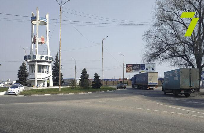 Блокпосты в действии: на трассе Одесса-Киев установили шлагбаум