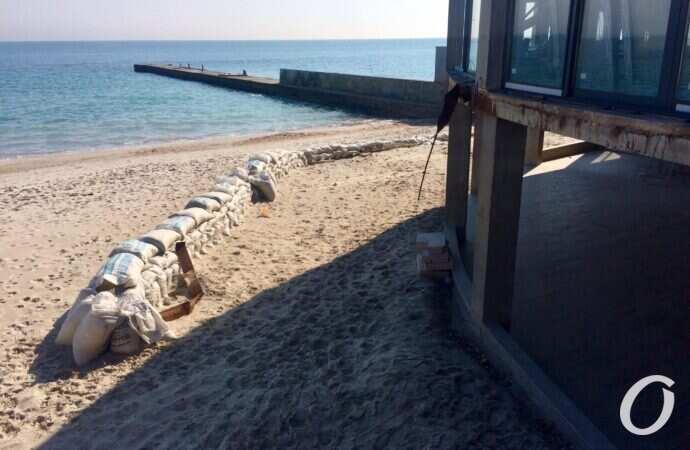 Доступ к одесским пляжам: активисты подготовили для мэрии отчет о закрытых проходах к морю