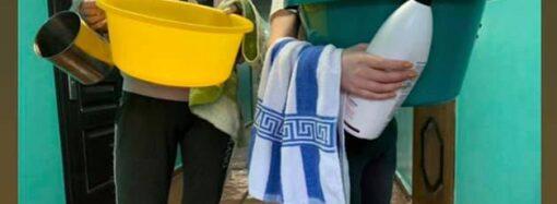 Общежития ОНУ остались без тепла и горячей воды: студенты устроили креативную акцию протеста