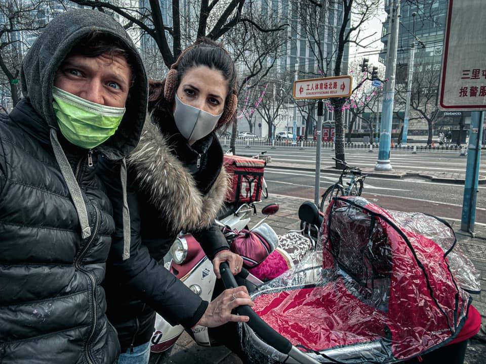 На фото одессит Сергей Пудич с женой