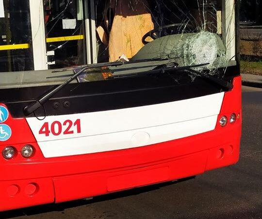 Від початку карантину в Одесі невдоволені пасажири пошкодили 5 одиниць транспорту