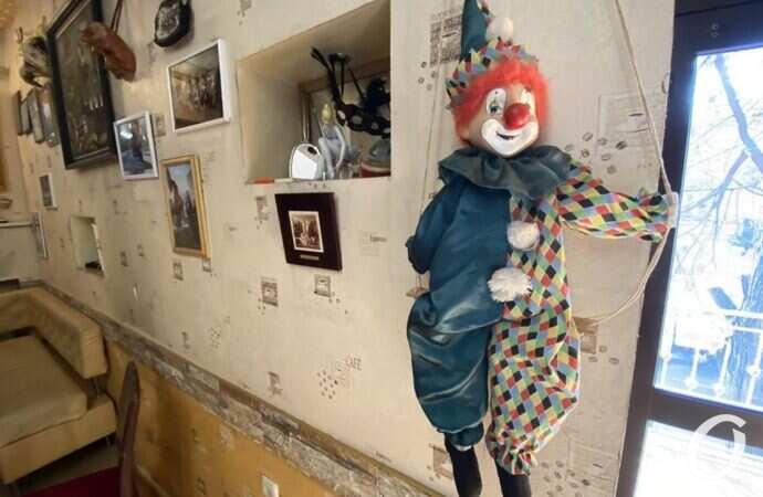 В Одессе открыли Музей театра: в масках и пока без посетителей