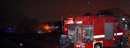 В Одессе потушили загоревшееся кафе возле моря (фото)