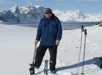 Зачем полярнику галстук: как одессит в антарктическую экспедицию собирался