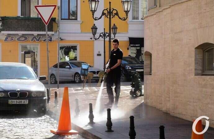 Одесса закрывает все кинотеатры, ТРЦ, рестораны  и спортзалы: будут работать только аптеки и продуктовые магазины