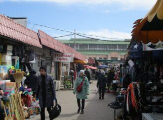 И антиспептики, и масочный мастер-класс: карантинные хроники старейшего Нового рынка в Одессе
