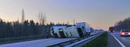 Что произошло в Одессе 26 марта: ограбление беременной и масштабная авария на трассе Одесса-Киев
