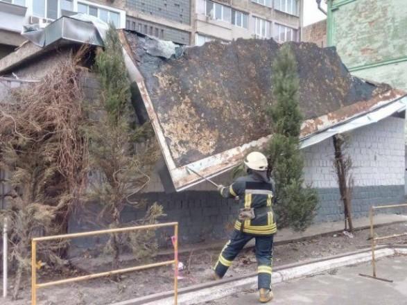 Кому в одесской мэрии не помогут с ремонтом крыш, снесенных ураганом?