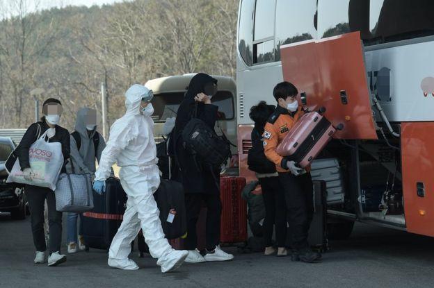 Коронавирус в Южной Корее: как там удается сдерживать эпидемию?