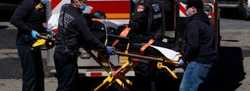 Коронавирус в США: страна вышла на первое место в мире по числу заболевших