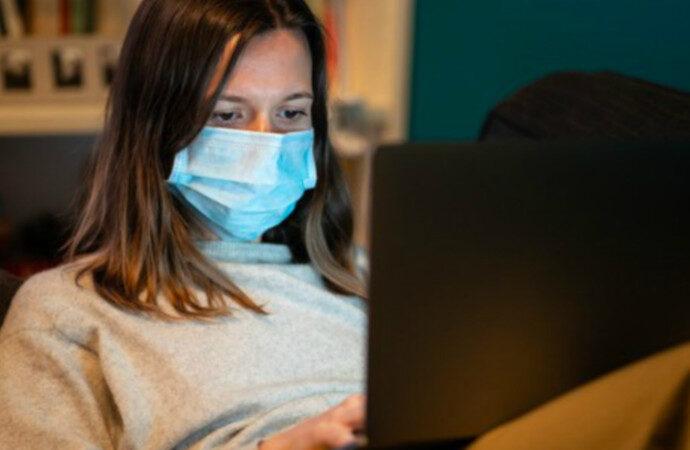 Эпидемия коронавируса: ужесточение требований для въезда и хорошие новости для школ