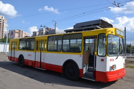 В Одессе восстановили движение трамваев и троллейбусов