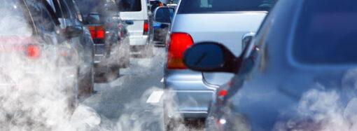 Менше автомобілів на дорогах: в Одесі за останній тиждень стало чистіше повітря