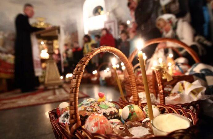 На Великдень до церкви не планують йти 85% українців (опитування)