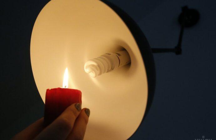 Отключение света в Одессе 8 апреля: кому надо успеть зарядить телефон