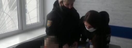 Не знав ні імені, ні адреси: на Одещині поліцейські на околиці міста знайшли 5-річного хлопчика