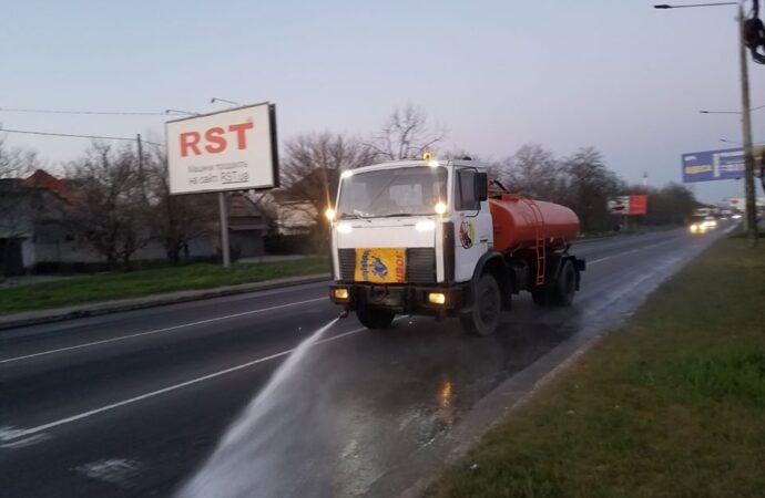В Одесі розпочали сезонний полив головних вулиць міста (фото)