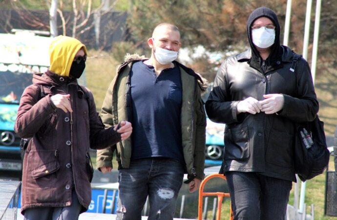 Хроники коронавируса: ужесточение карантина и переселение граждан на обсервации