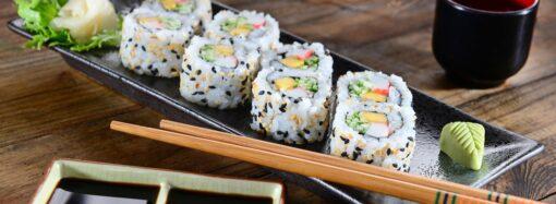 Как вкусно съесть суши?