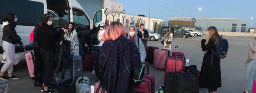 В порт под Одессой прибыли украинцы из Турции (фото)