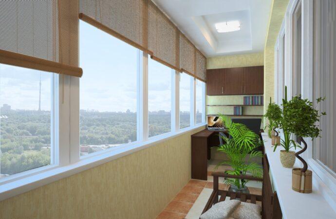 Как отремонтировать и остеклить балкон?