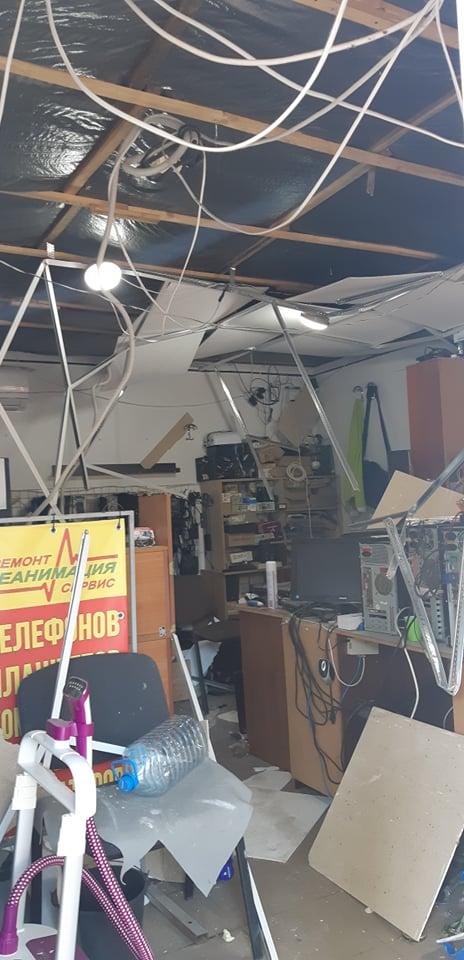 Больше всего пострадало помещение для ремонта техники