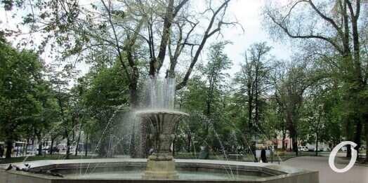 Архитектурные тайны: фонтан на Соборке появился благодаря Валентину Филатову?
