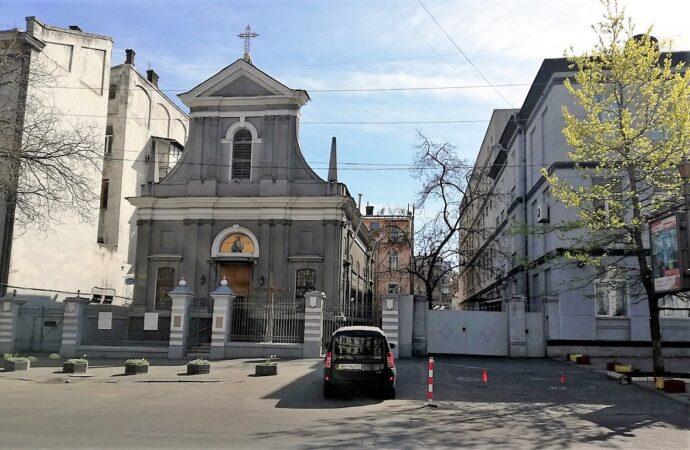 Одесские католики отмечают Пасху очень тихо (фото)