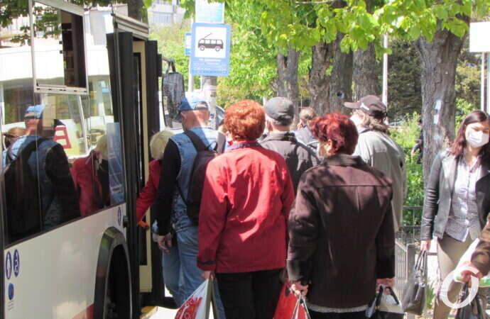 Все двери открыты: как одесситы пользуются транспортом во время карантина? (фото)