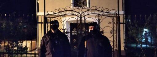 В Одесі та області більше двох тисяч правоохоронців забезпечували правопорядок у 496 храмах