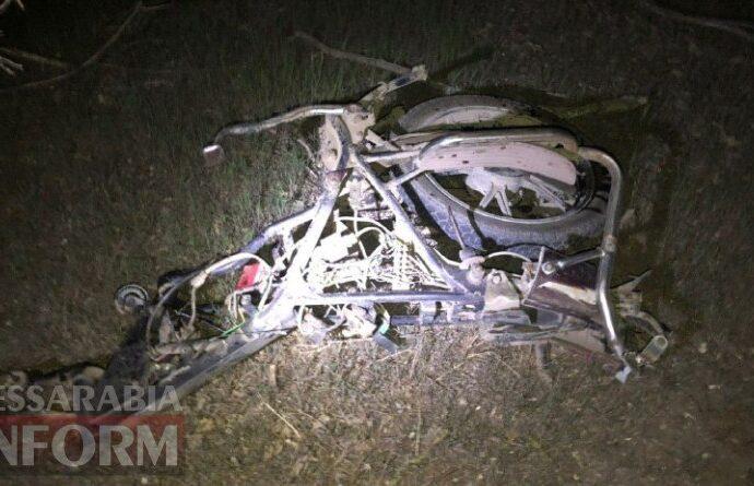 Во время аварии на трассе в Одесской области разорвало мопед (фото)