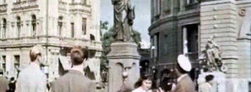 Занимательная Одесса: у Оперного театра был памятник Данте Алигьери