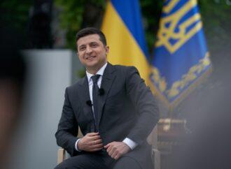 "COVID-19: Зеленский перешел на ""удаленку"""