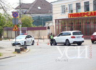 Не пропускают отдыхающих: в приморской зоне Одессы установили блокпосты (фото)