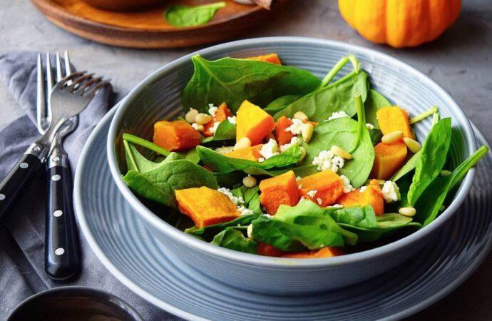 Вкусно с «Одесской жизнью»: три рецепта весенних салатов для всей семьи