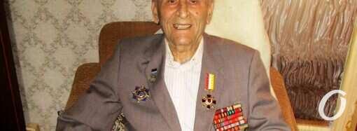 Одесскому доктору-легенде Петру Петросяну исполнилось 102 года