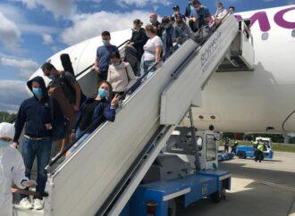 В Україну з Барбадосу повернулися 600 моряків