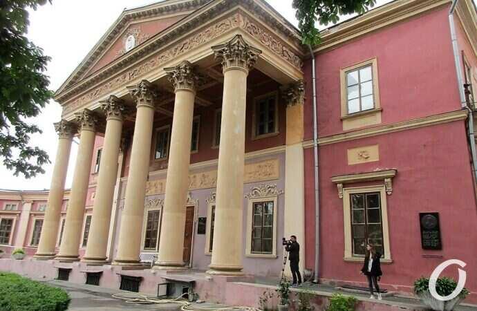Открылся Одесский художественный музей: в новых условиях и с давними проблемами (фото)