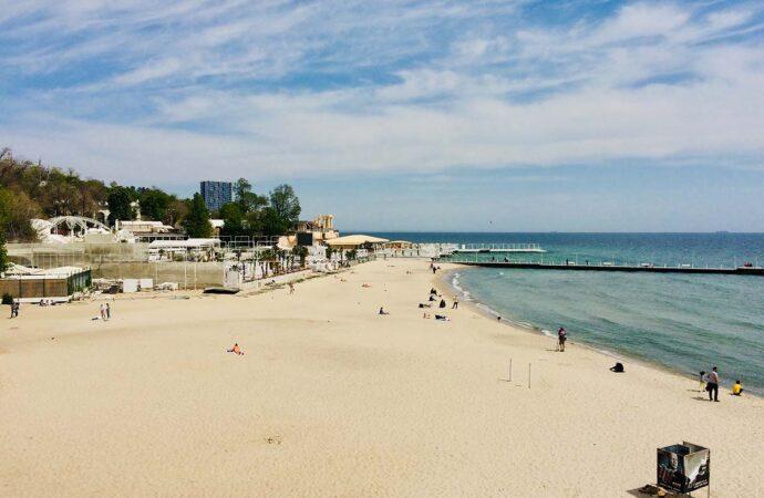 Температура морской воды в Одессе 19 августа: стоит ли сегодня идти на пляж?